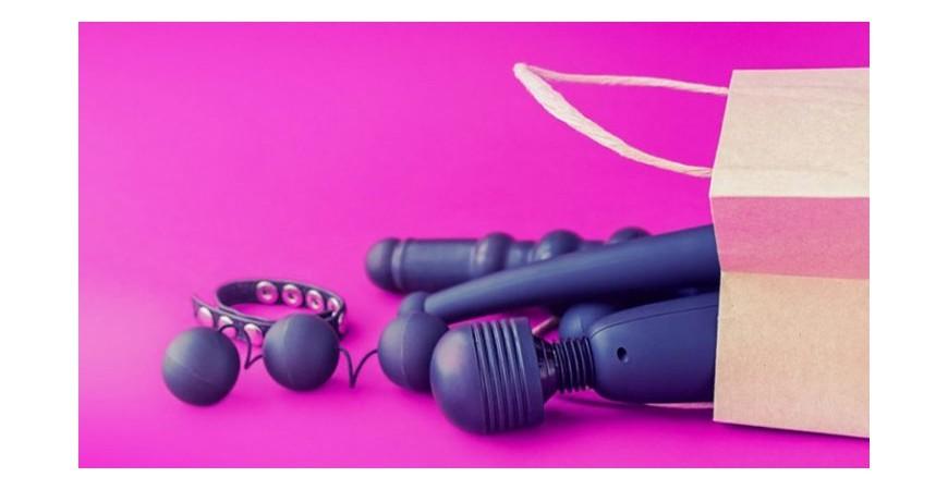 5 Sex Toys ed accessori indispensabili per il tuo self care sessuale